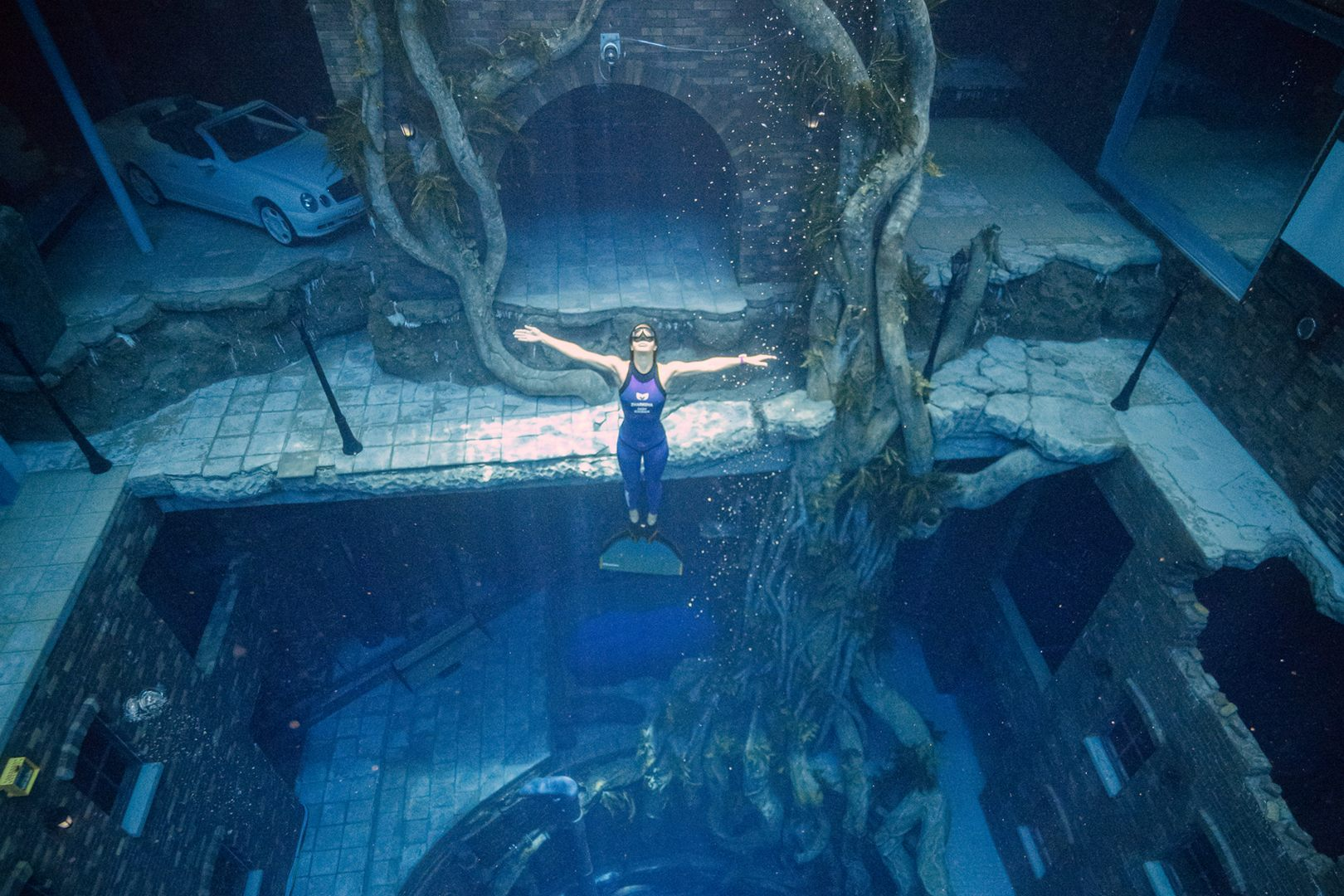The world's deepest diving swimming pool in Dubai is now open to public